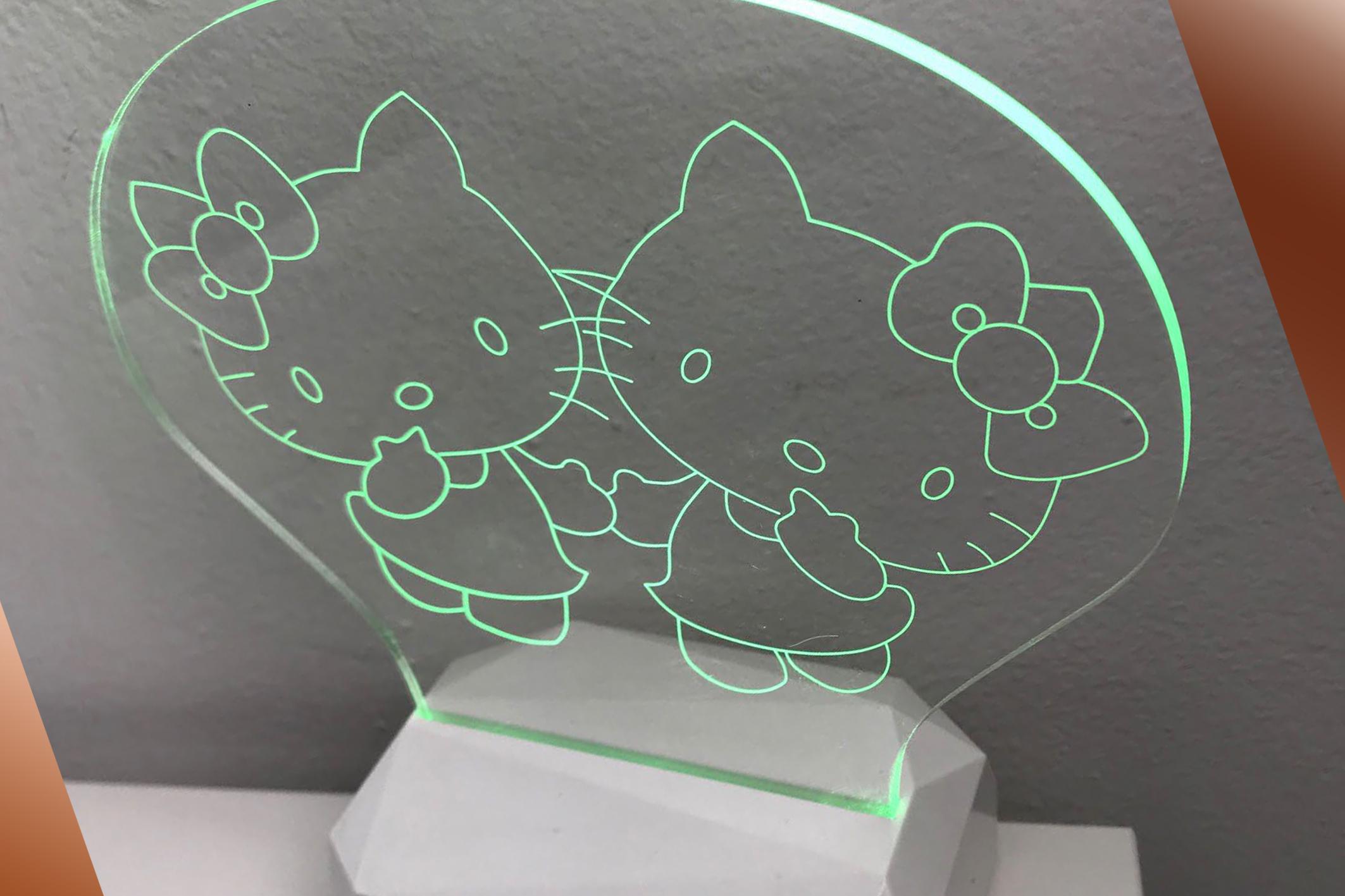 3D Acrilico Forma Ventaglio Figura Doppio Hello Kitty (3DD908) - PZ