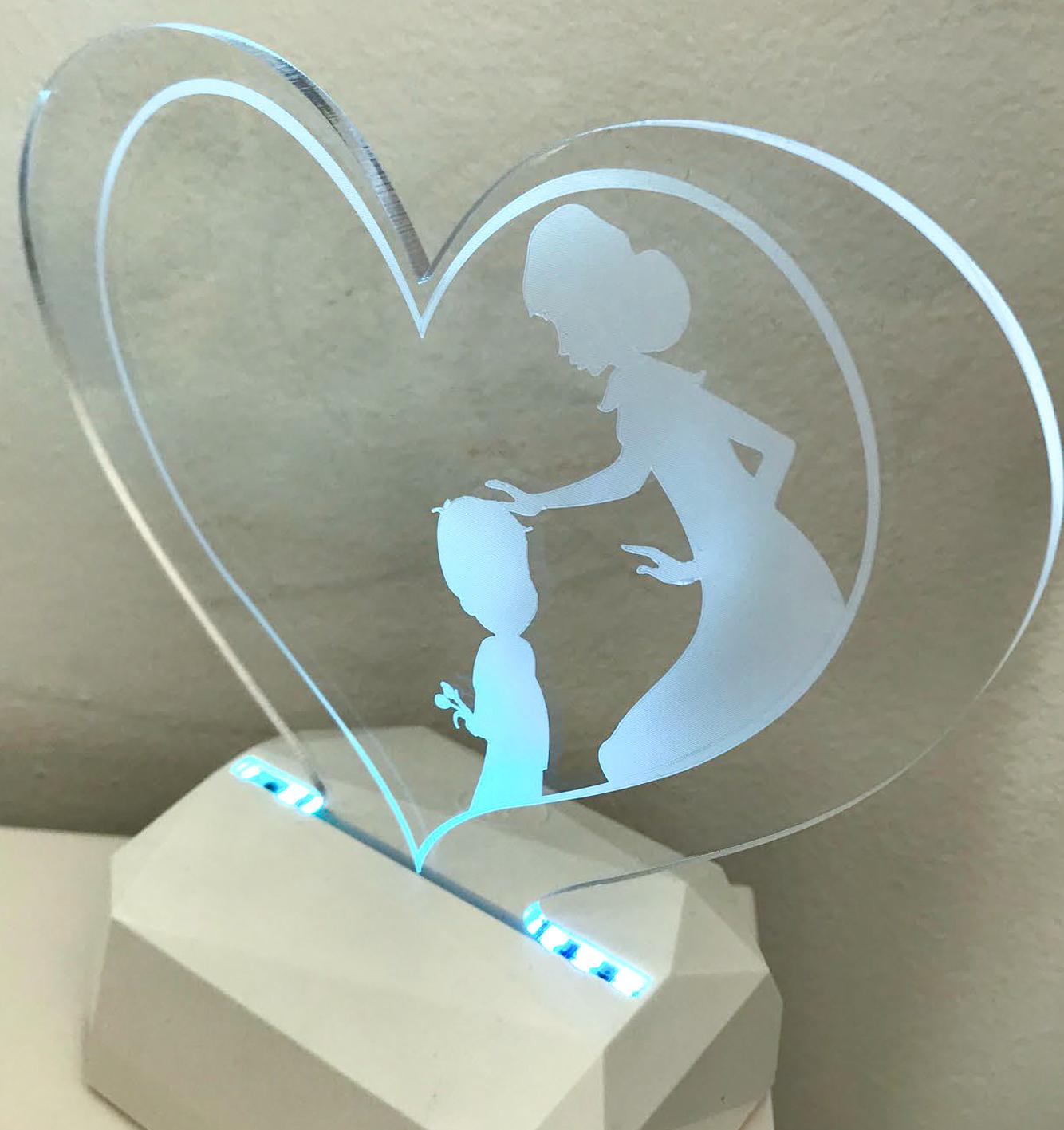 3D Acrilico Forma Cuore Figura Mamma e Figlio (3DE906) - PZ