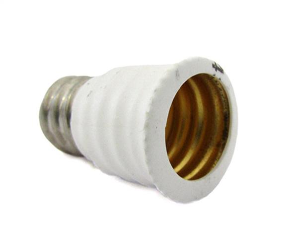 2 PZ Convertitore Adattatore Portalampada Per Lampada Led Attacco Da E12 A E14 - BUSTA