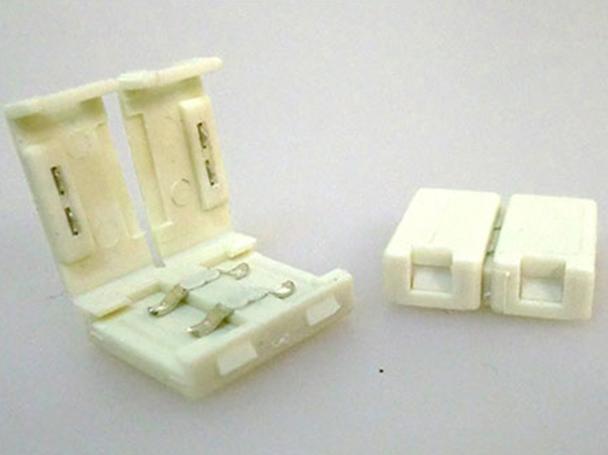 4 PZ Connettore 12mm Per Unire Due Bobine Led Smd 5050 Mono Colore Senza Saldare - BUSTA