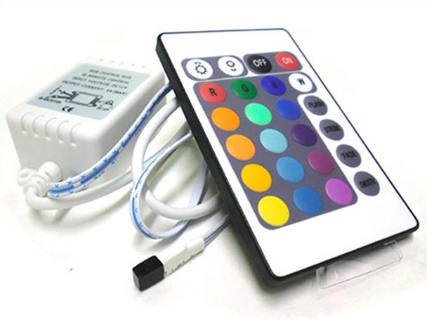 Centralina RGB Kit Controller Telecomando IR Infrarossi Per Striscia LED RGB 12V 3X2A IR240 - KIT