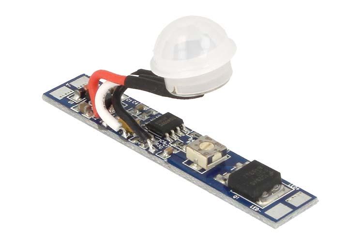 Sensore Di Movimento PIR 12V 24V 8A Tempo Ritardo Spegnimento Regolabile Da 6 A 70 Secondi - KIT