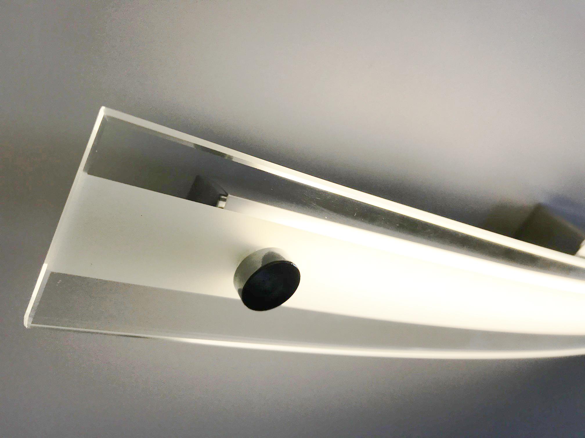 Applique lampada led da parete modello marian cromato con vetro